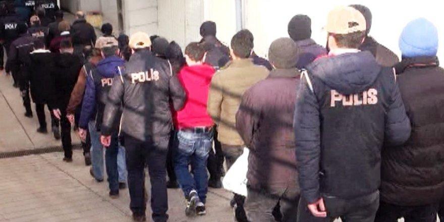 FETÖ'nün emniyet yapılanmasında 176 tutuklama