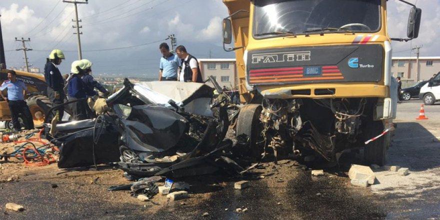 Kamyon şoförü ehliyetsiz çıktı