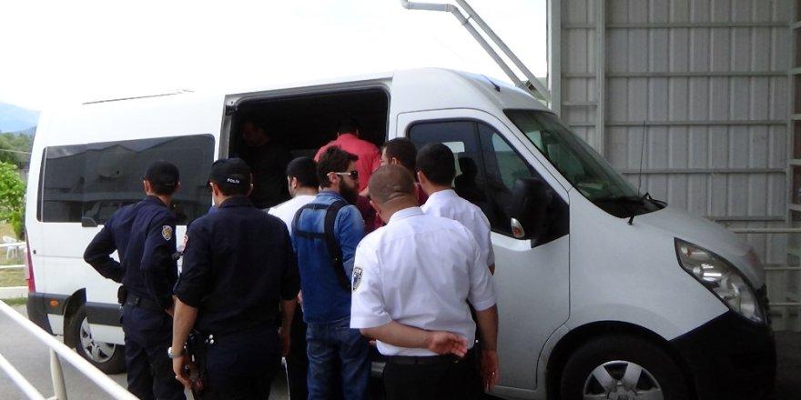 FETÖ'nün eğitim danışmanlarına operasyon: 20 kişi gözaltına alındı.