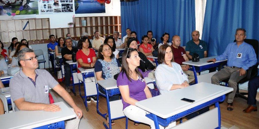 12 bin meslektaşı Aybüke öğretmeni andı