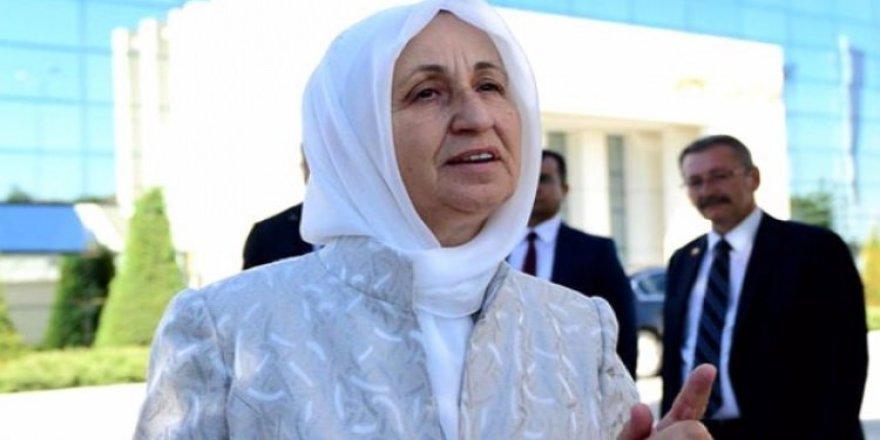 Melek İpek: Gülen bir numaralı teröristtir