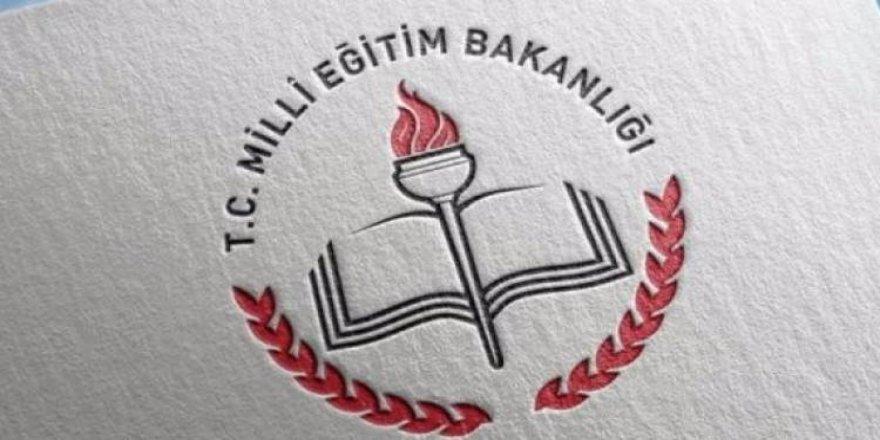 'FETÖ'cüyü müdür yaptılar' iddiasını çürüten belge