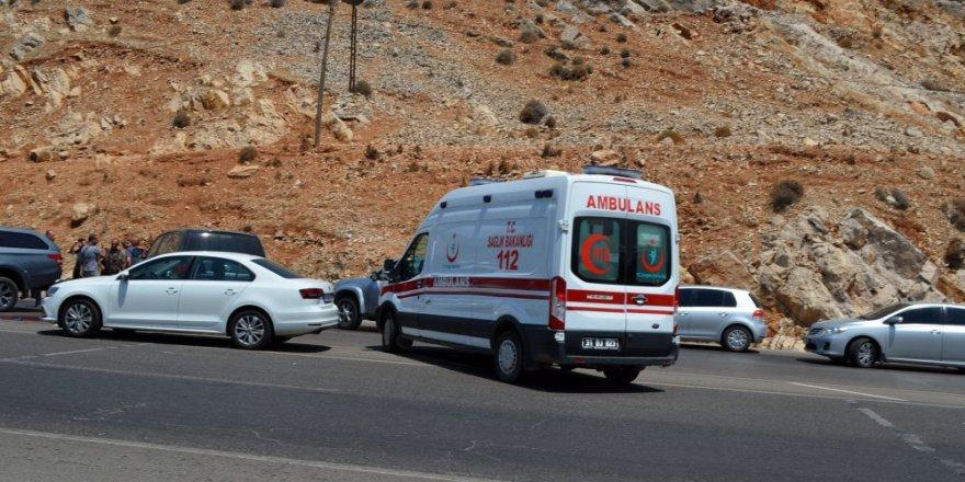 DEAŞ'lılar polise ateş açtı: 1 terörist öldürüldü 4'ü yakalandı