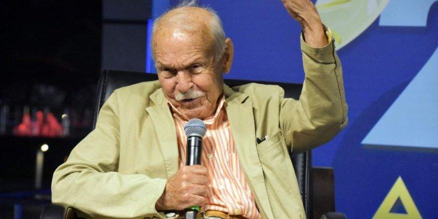 Usta yazar Muzaffer İzgü hayatını kaybetti