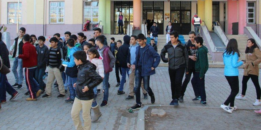 Okullara 'Mobil Okul Timi' Geliyor