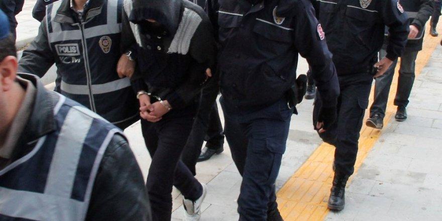 Ankara merkezli 9 ilde FETÖ operasyonu:97 gözaltı