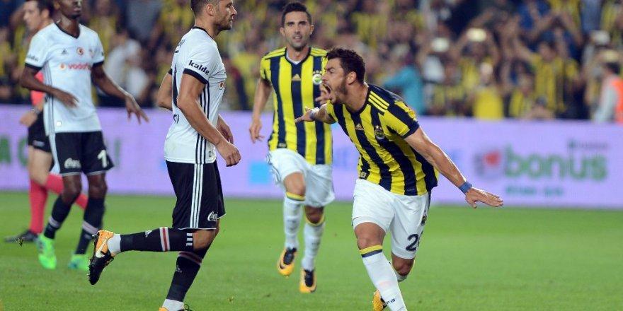 Kadıköy klasiği: Fener yeniden yarışta - Fener 2-1 Beşiktaş