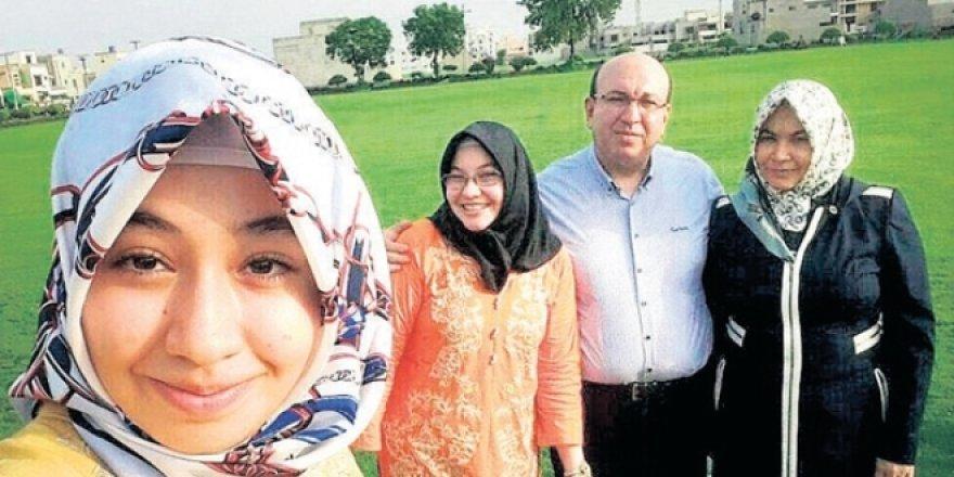 FETÖ okul müdürü ve ailesine çuval