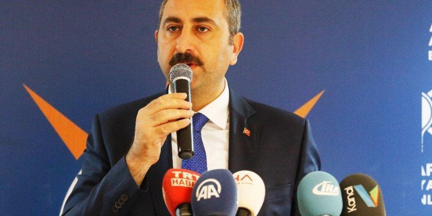 Adalet Bakanı Abdulhamit Gül: Sözleşmeliye Kadro ve Özlük Hakları Temel Gündemimiz!
