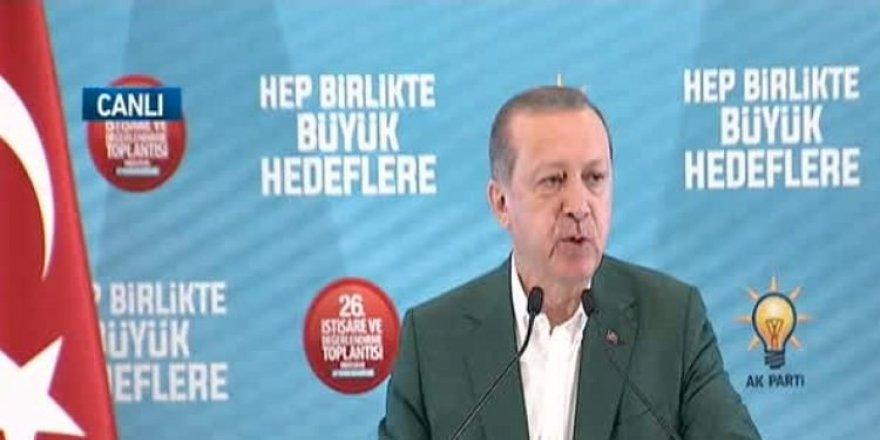 Cumhurbaşkanı Erdoğan Ak Parti Kampında Konuşuyor