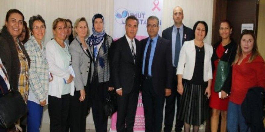 """""""Meme Kanseri Farkındalık Ayı"""" kapsamında Türkiye Kamu-Sen Genel Merkezinde seminer düzenlendi."""