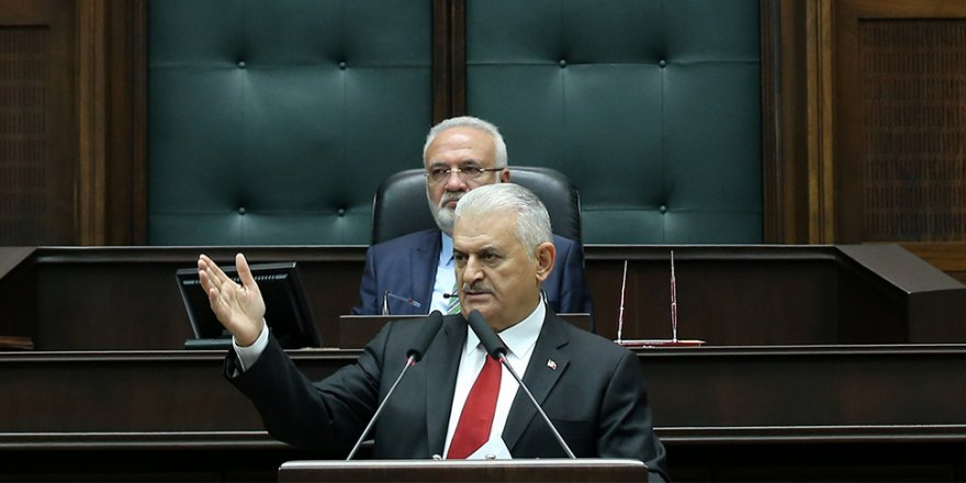 Başbakan Yıldırım: Hata affedilir ama hainlik affedilmez