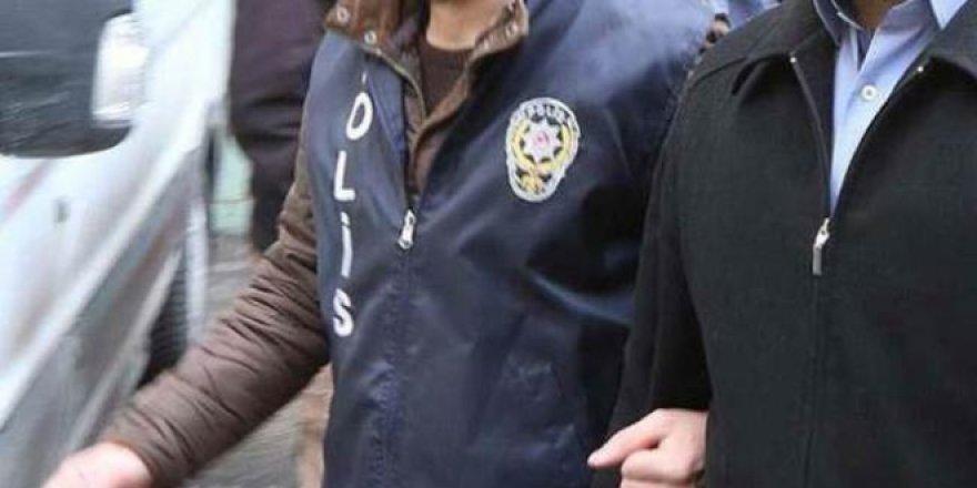 'Mezuncu abi'lere operasyon: 54 kişiye gözaltı