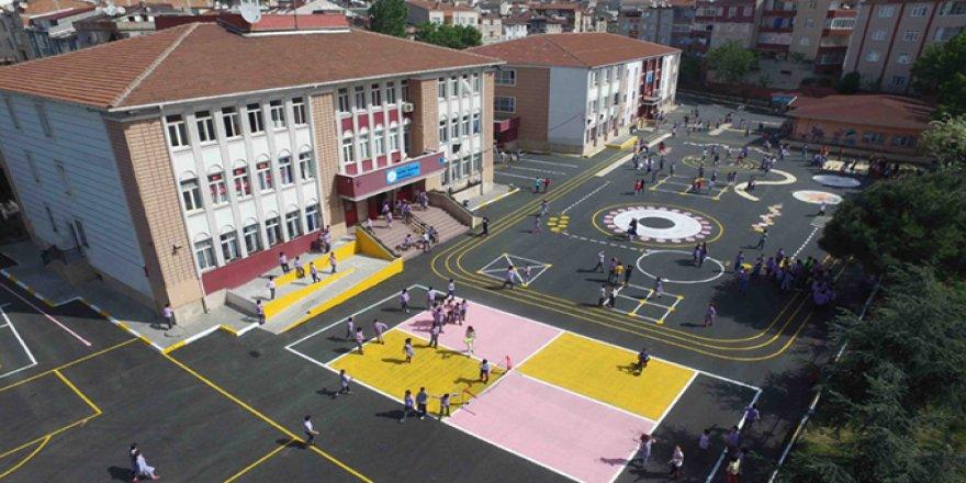 Okul bahçeleri yok ediliyor..