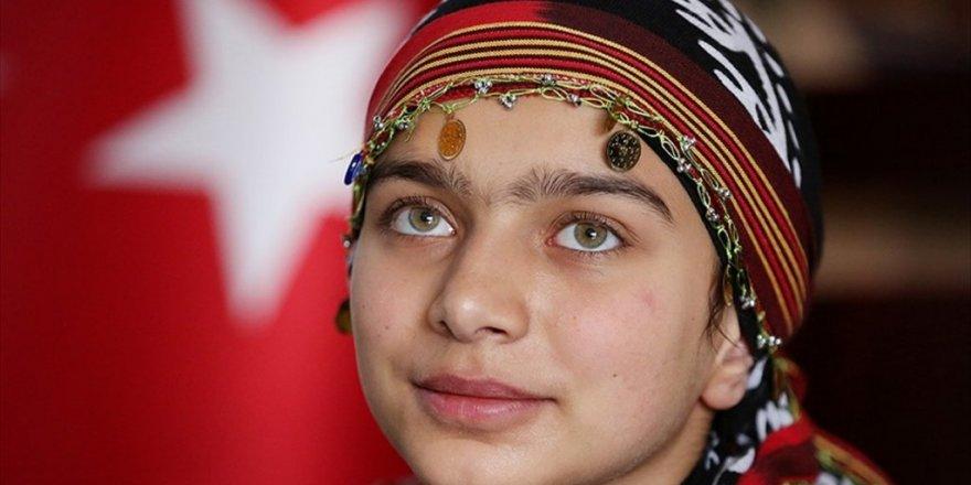 Türkiye'nin 'Heidi'sinin 'Cumhuriyet Resepsiyonu' mutluluğu