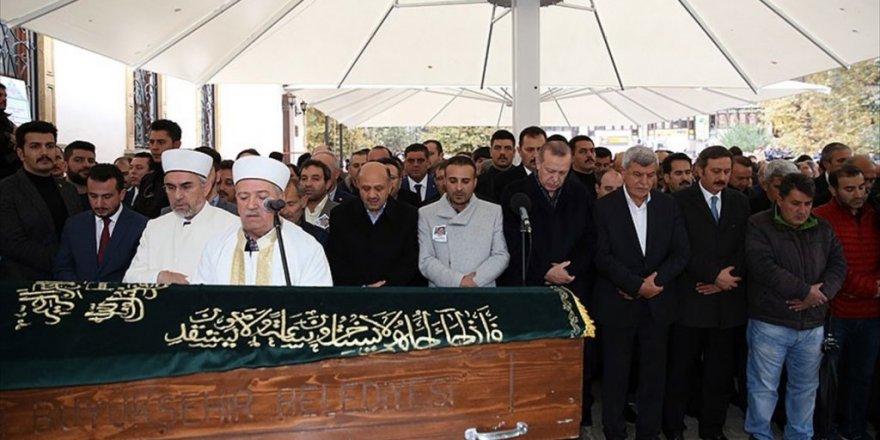 Cumhurbaşkanı Erdoğan Sınıf Arkadaşı Nebi Güdük'ün Cenaze Törenine Katıldı