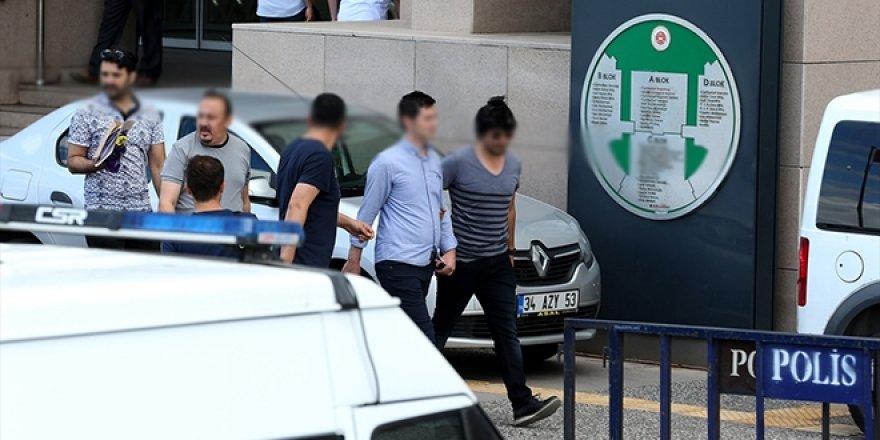 Mühendis ve öğretmen FETÖ'den tutuklandı