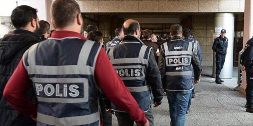 FETÖ'nün 22 ülkeye firar eden 45 imamı için iade talebi