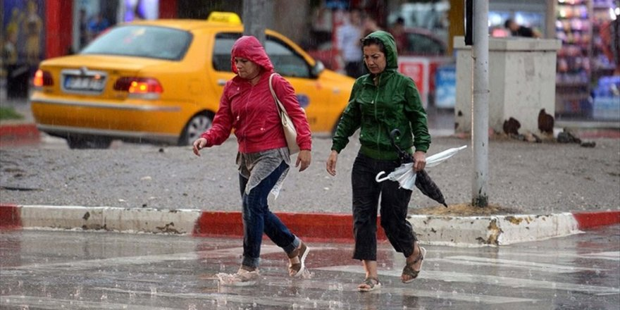 Meteoroloji'den kuvvetli yağış ve rüzgar uyarısı!5 Ocak Cuma hava durumu
