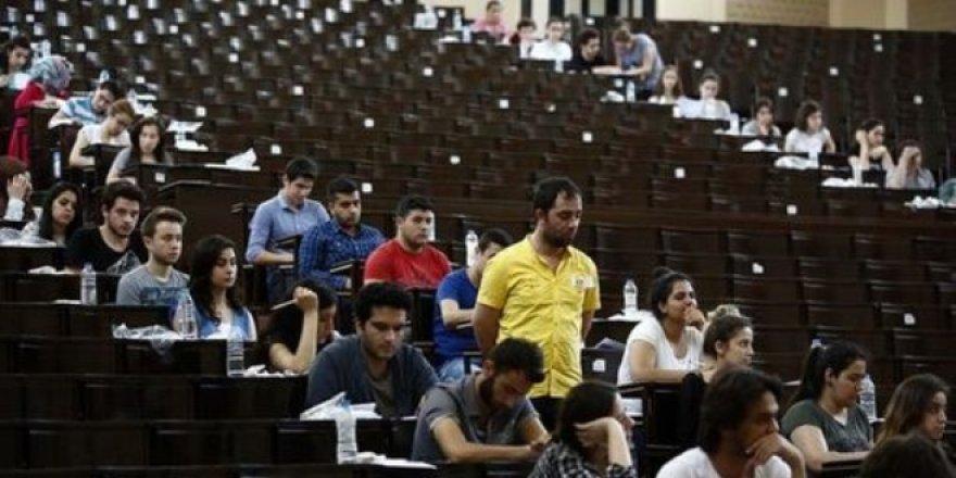 AÖF sınavları ile Diyanet sınavları çakışıyor