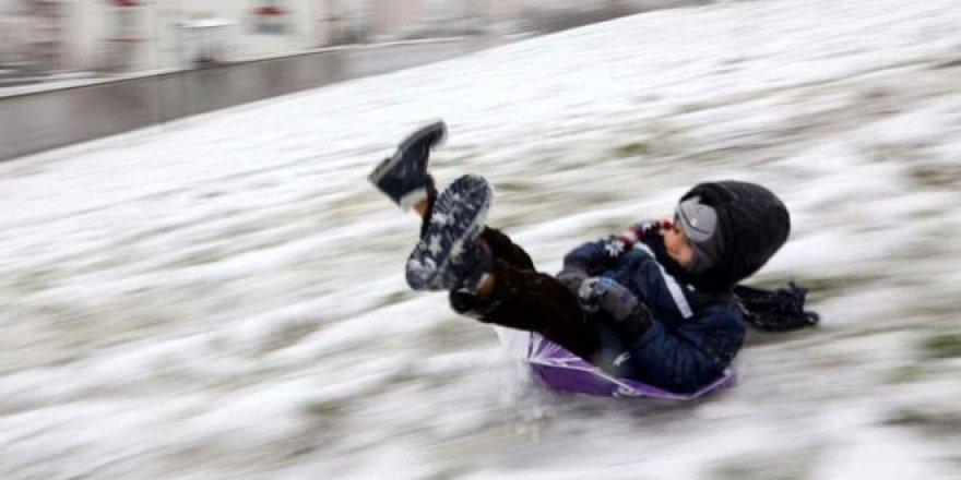 Üç İlde eğitime kar engeli - 7 aralık kar tatili