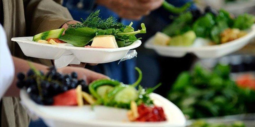 Sağlıklı beslenme çocukları mutlu ediyor