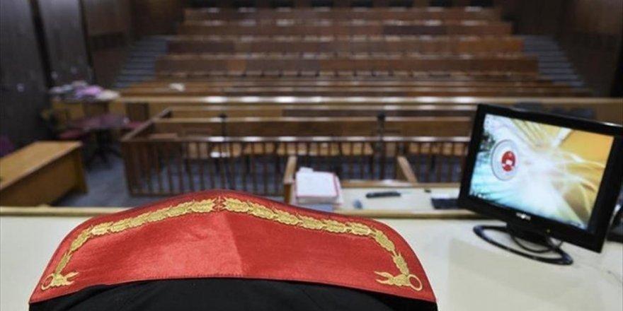 Eski yüksek yargıçlar için FETÖ'den hesap vermek vakti