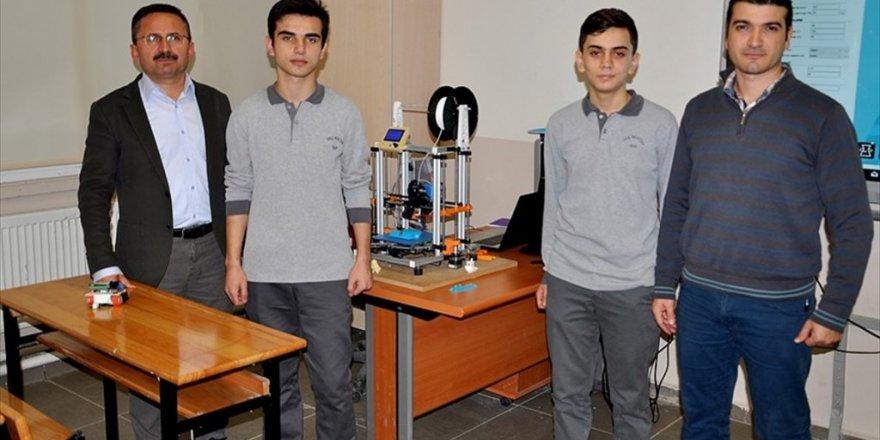 Robot için yola çıktılar üç boyutlu yazıcı ürettiler