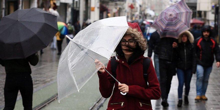 AKOM uyardı, İstanbul'a fırtına ve sağanak geliyor