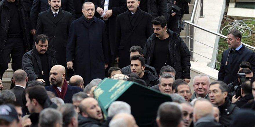 Mesut Yılmaz'ın oğlu son yolculuğuna uğurlandı