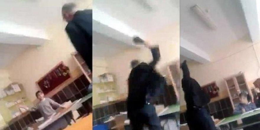 Öğrencisini Döven Öğretmene Hapis!