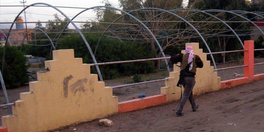 PYD/PKK DEAŞ'lı esirleri TSK ile savaşmaları için serbest bıraktı