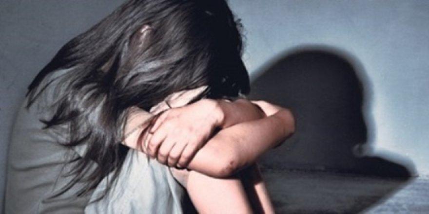 Cinsel istismardan yargılanan öğretmene hapis