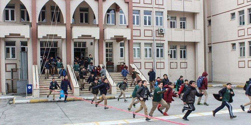 Erdoğan: Okullar tam gün eğitime geçecek