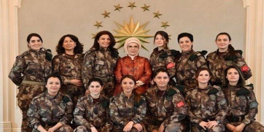 Emine Erdoğan Özel Harekâtçılar'ın eş ve anneleriyle buluştu
