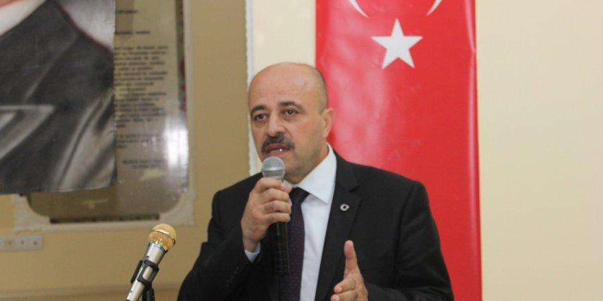 """Öğretmene Polis Telefonuyla Görevlendirme, """"Kimsiniz"""" Deyince Kınama Cezası!"""