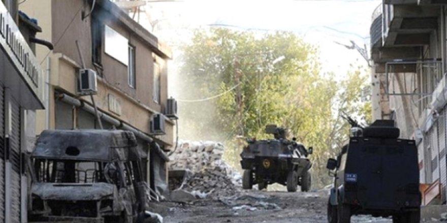 Afrin'de tuzak bomba patladı, şehit ve yaralılar var