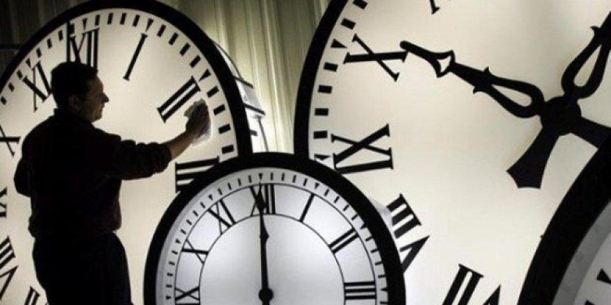 Yaz saati uygulaması başladı mı? Saatler ileri alınacak mı?