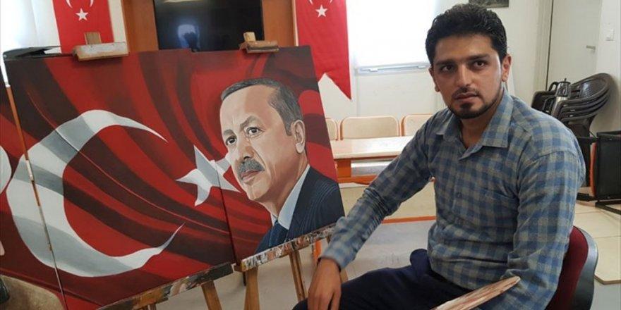 Suriyeli öğretmen Erdoğan sevgisini tuvaline yansıttı
