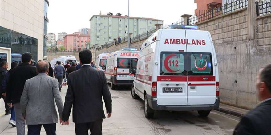 Siirt'te terör saldırısı: 6 güvenlik korucusu şehit oldu