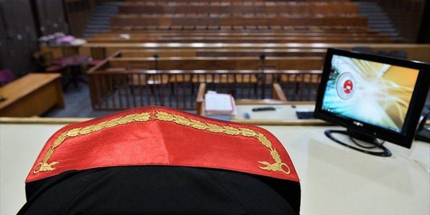 Vatandaşlar savcıları bakanlığa şikayet etti