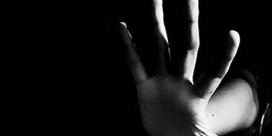 27 Öğrencisine Cinsel İstismarda Bulunan Öğretmene 621 yıl hapis cezası!