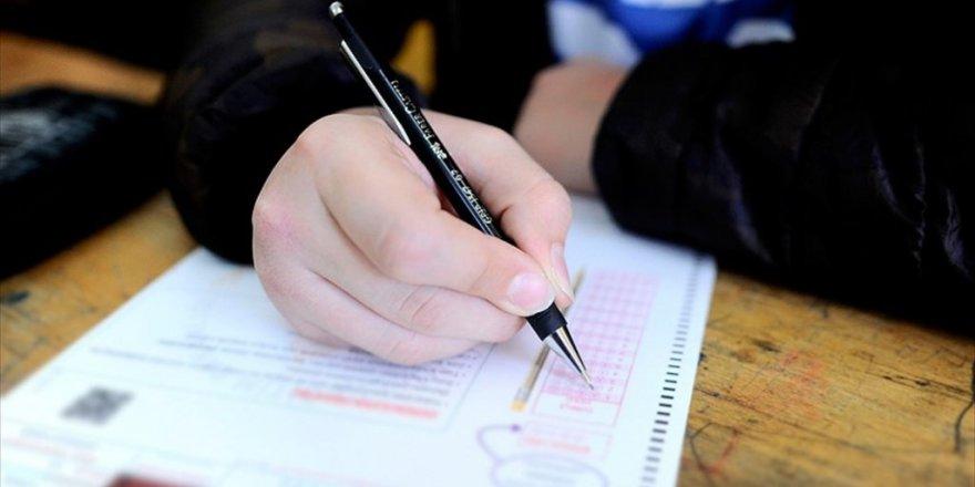 Liselere girişte isteğe bağlı merkezi sınav başvuruları başladı