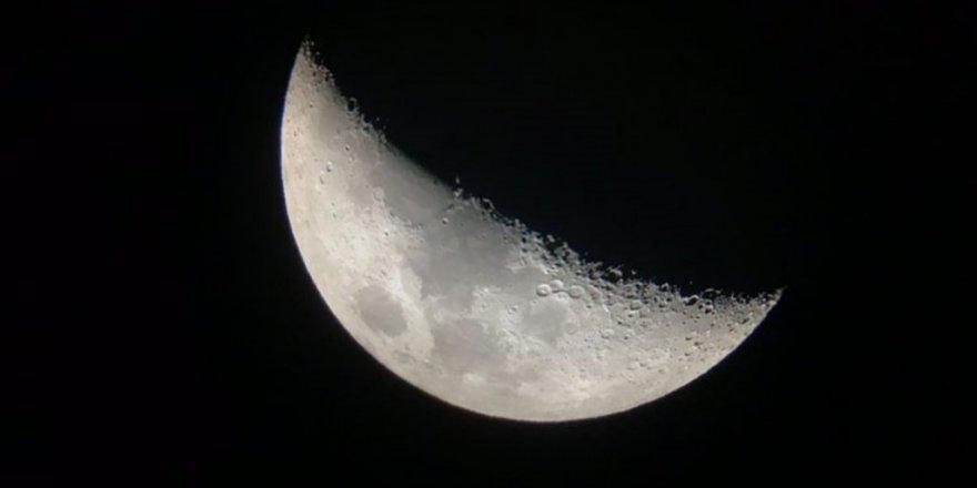 'Astronomi ve Öğretmen Seminerleri'ne yoğun ilgi