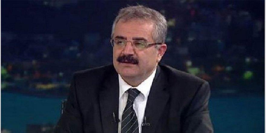 Seçimler için ilk bürokrat istifası