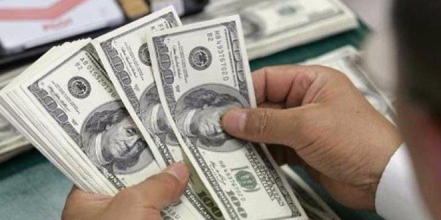 Dolar gece yarısı 4,80'i gördü