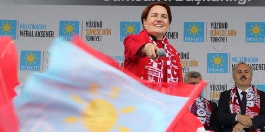Meral Akşener: Kabul etsem, Abdullah Gül çatı aday olacaktı
