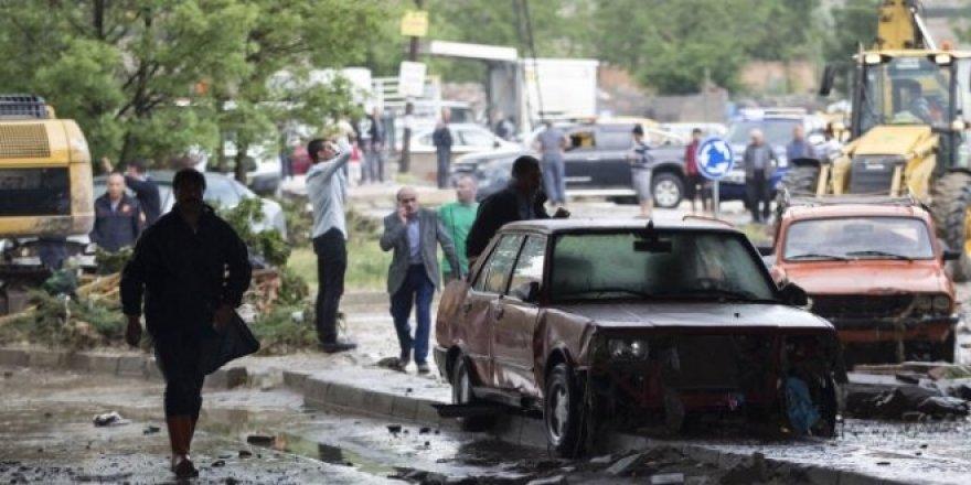 Ankara'da sele kapılan kadın hayatını kaybetti