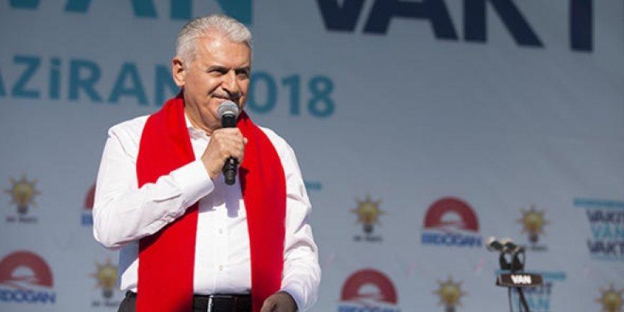Başbakan Yıldırım: Türkiye'nin öğretmen ihtiyacı yok