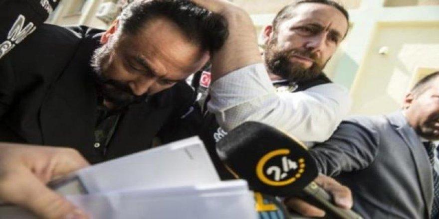 Adnan Oktar'la ilgili bomba iddia! Tutuklanamaz...